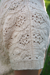 Diamond_shawl_shoulder_img_8600_small2