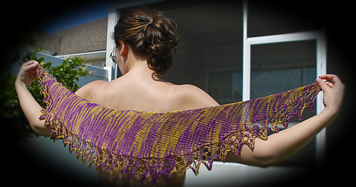 Tory_scarf_green-purple002_vig_medium