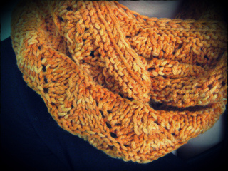 Loralee_cowl6_small2