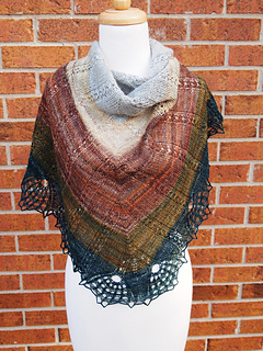 Handspun_tiare_shawl-8_small2