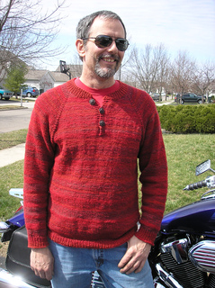 Red_sweater_005_small2