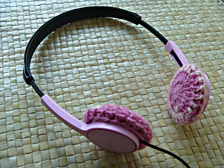 Headphones_1a_small2