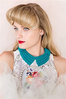 Bette_bow_collar_small2