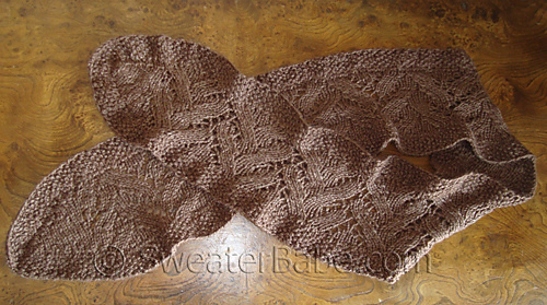 Ruffled_lace_scarf_flata_500_medium