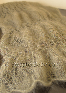One-ball_ruched_lace_scarf6_500_small2