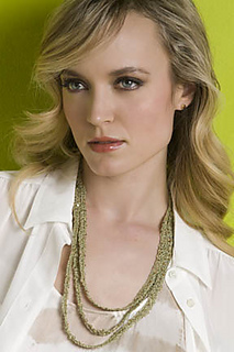 Freepat_adele_triplestrand_necklace_in_crystal_small2