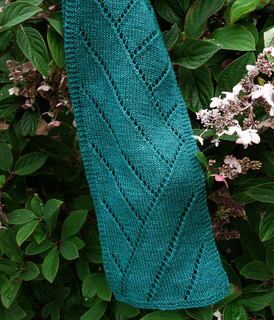 Lost_in_transit_scarf_2_small2