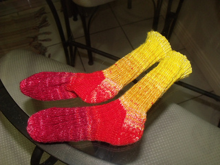 Fruit_salad_socks_001_small2