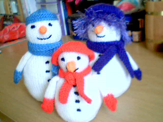 Snow_family1_small2