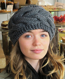 Cara_headband_close_small2