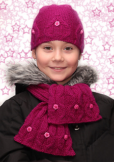 Hat_and_scarf2_small2