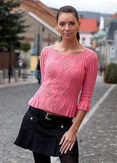 Large-pullover_with_ruffles_knitting_pattern_a_small2