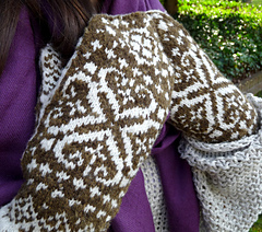West_at_heart_-np_-_mittens_small
