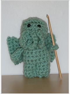Crochet_cthulhu_main_pic2_small2