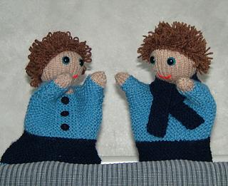 Twins_settee_small2