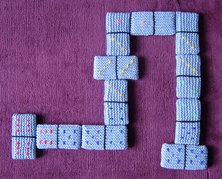 Dominoes_1_800_small2