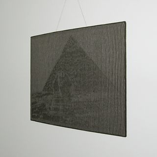 Pyramid_03_square_small2