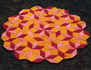 Penrose_red_small2