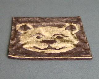 Bear_cushion_flat_800_small2