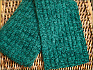 1_green_scarf_6x4pt5ins_264dpi_jpg10_reworked_27may2014_p5131710_small2