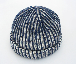 Brioche_hat_side_small2