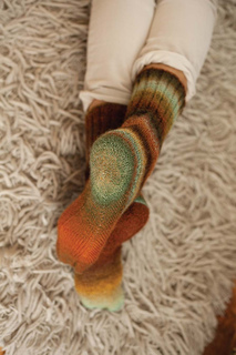 Knittingfromthecenterout_p63_lores_small2