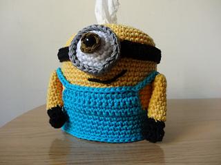 Crochet_amigurumi_minion_gru_dispensador_panuelos_tissues_dispenser_60_small2