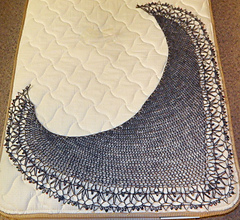 Jo_s-shawlette-blocked_small