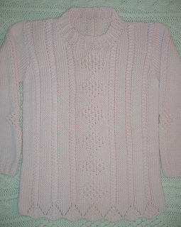 Lexie_s_sweater_12-09_small2