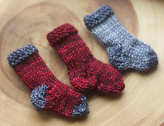 Gwn-littlesocks-01_small2