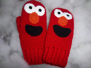 Elmo_mittens_003_small2
