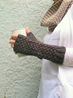 Basketcase_mitts_3_small2