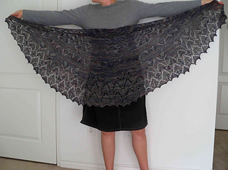 Mayan_garden_shawl_small2