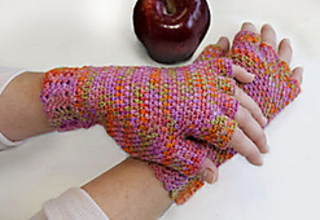 Arched_fingerless_mitts_small2