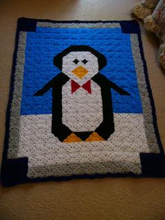 Penguin_cuddle_quilt_small2