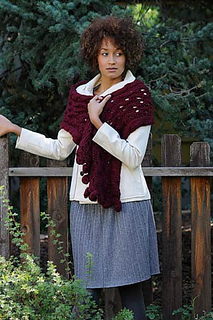 Bobble-and-eyelet-cowl3_small2
