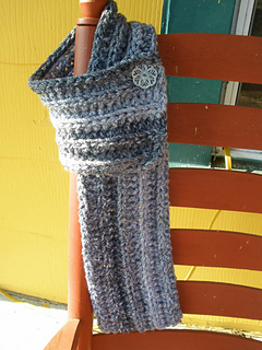 Cozy_buttoned_scarf_010_small2