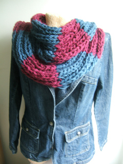 013_team_supporter_elongated_2_x_2_rib__cowl_effect_neckwarmer_small2