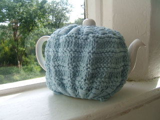 Beach_hut_tea_cosy_small2