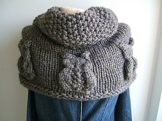 Brown_owl_neckwarmer_small2