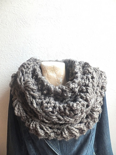Drop_stitch_rust_cowl_small2