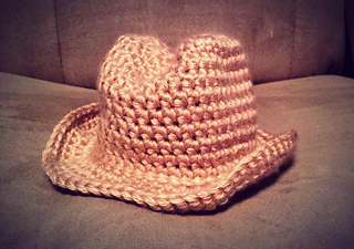 Newborn_cowboy_hat_small2