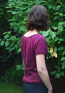 Adult_llani_back2_medium_small2