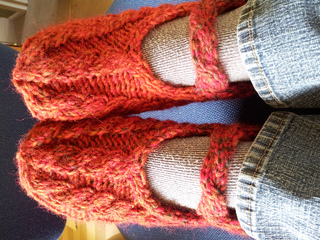 Cable_slippers4_small2