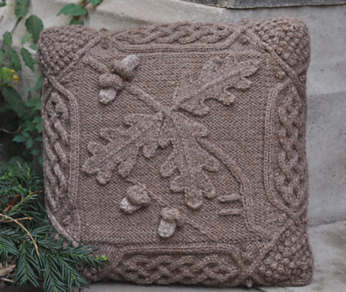Free Celtic Knitting Patterns : GORGEOUS CELTIC OAK KNITTING PATTERN CUSHION COVER (30) eBay