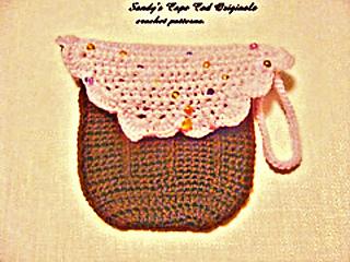 167_2cupcake_diaper_clutch3_small_small2