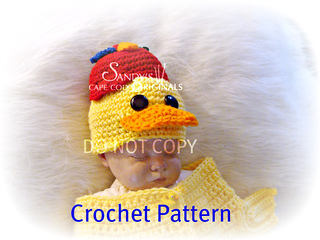 Ducky_hat_with_baby_small2