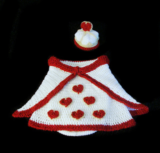 Queen_of_hearts_cocoon_full_no_baby_small2