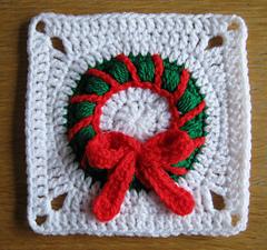Christmas_wreath_square_small
