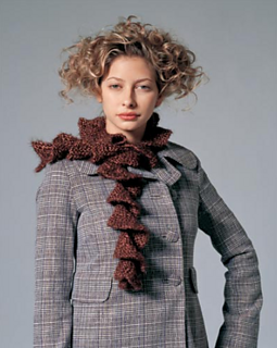 Corkscrew-scarf_small2